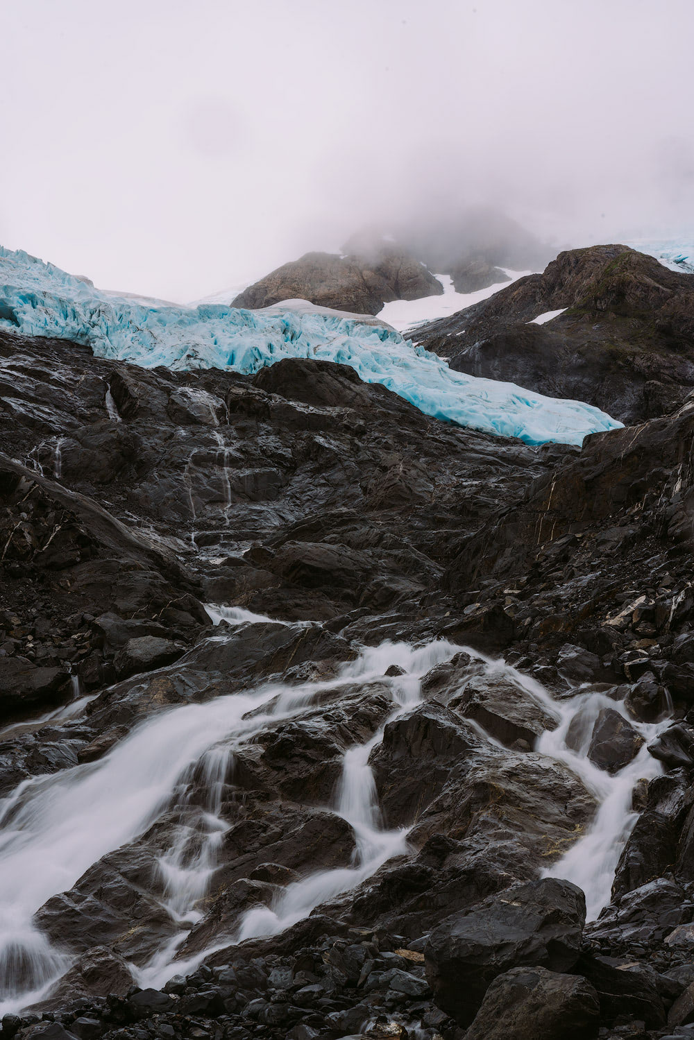 5 Epic Alaska Hiking and Backpacking Adventures Byron Glacier Renee Roaming 4
