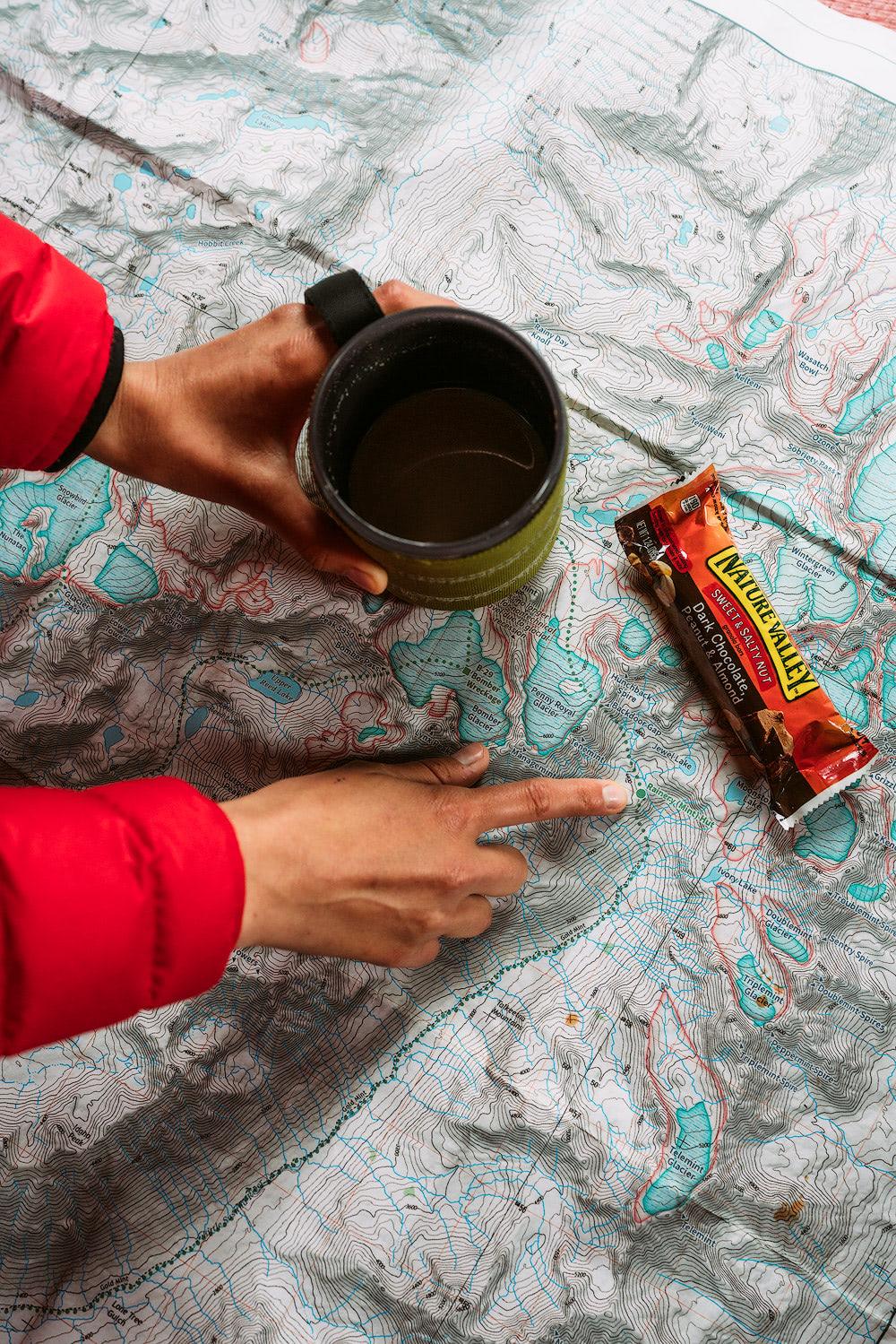5-Epic-Alaska-Hiking-&-Backpacking-Adventures-Mint-Hut4-ReneeRoaming