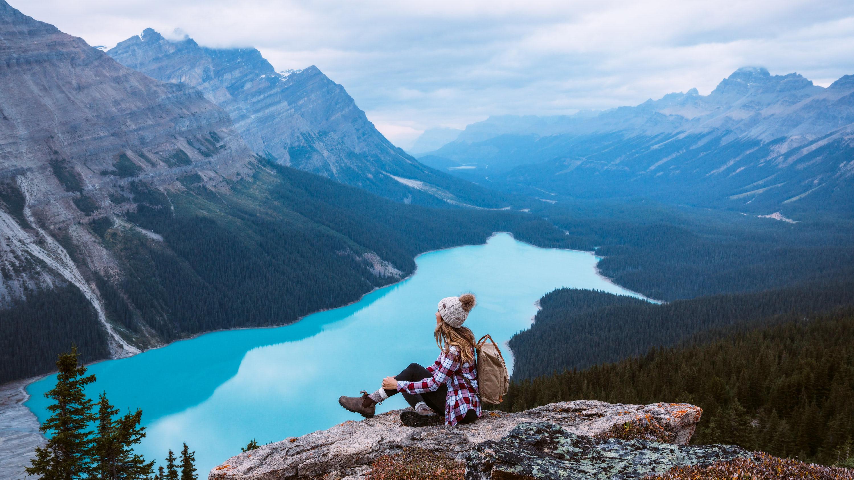 Top-6-Must-See-Canadian-Rockies-Lakes-Peyto-Lake-Renee-Roaming-BANNER
