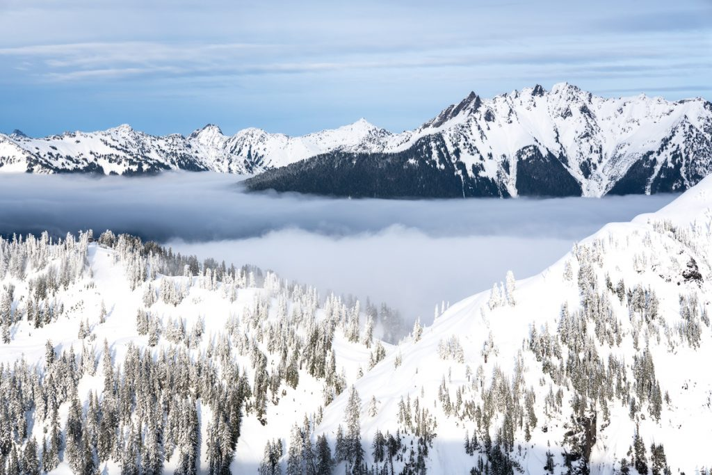 Snowshoe to Artist Point - Cascade Mountains