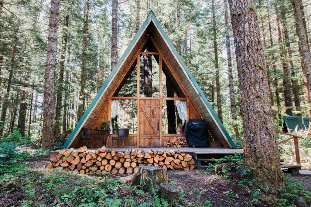 Cozy Cabins to Rent in Washington State - Hebes Hideout Wooded Paradise - Renee Roaming