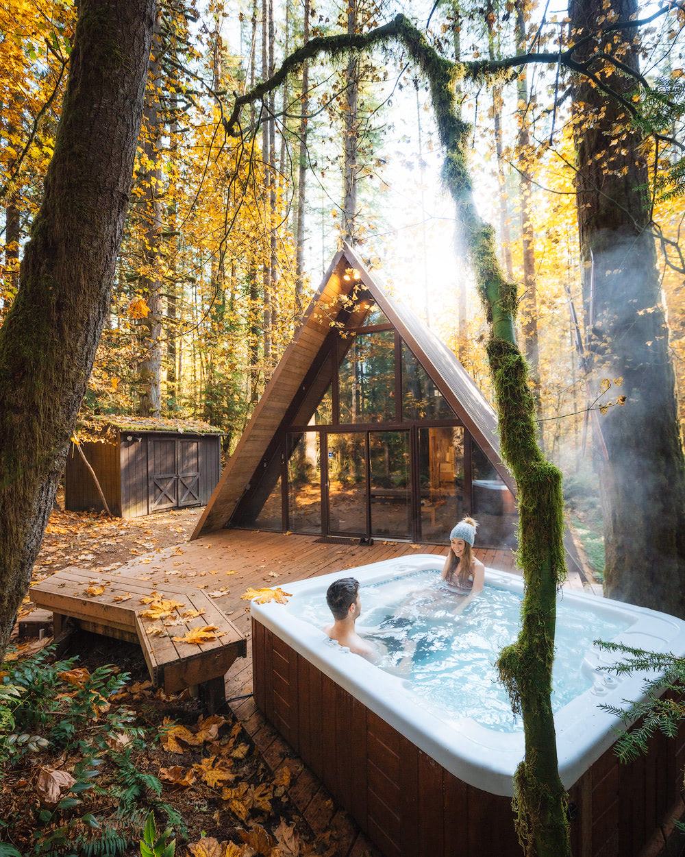 Cozy Cabins to Rent in Washington State - Sky Haus Hot Tub Couple - Renee Roaming