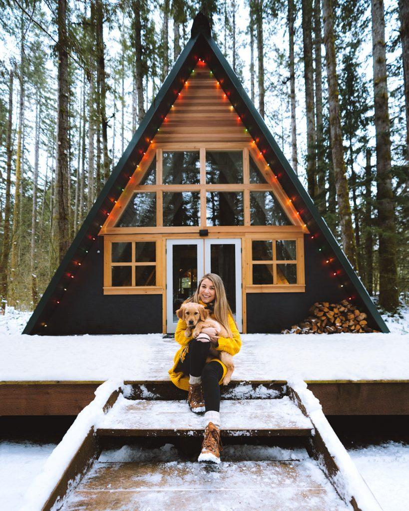 Cozy Cabins to Rent in Washington State - Tye Haus Cabin Winter - Renee Roaming