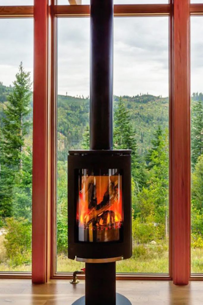 Cozy Cabins to Rent in Washington State - Camp Howard Fireplace - Renee Roaming