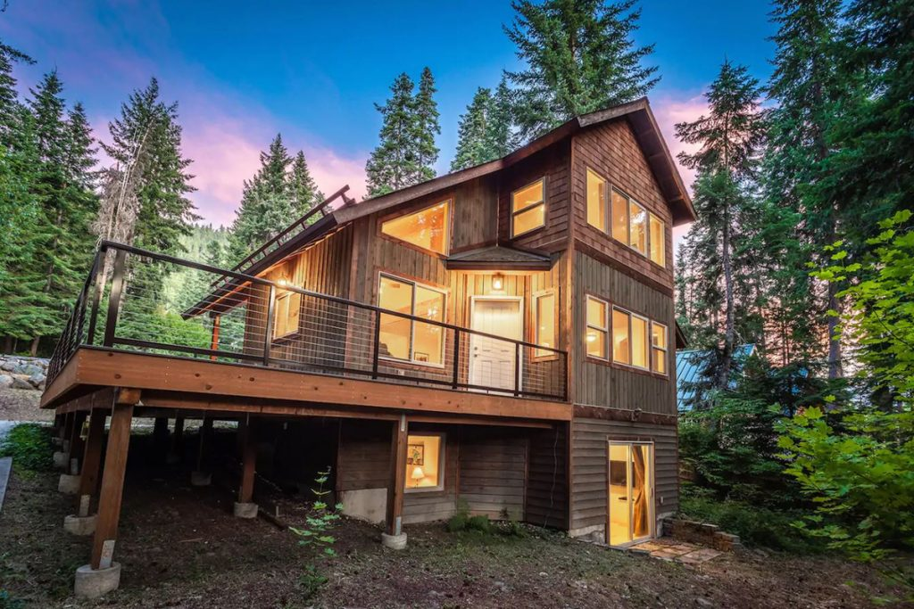 Cozy Cabins to Rent in Washington State - Tranquil Leavenworth Haven - Renee Roaming