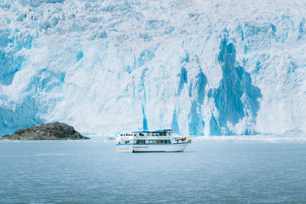 The Ultimate Guide to Exploring Kenai Fjords National Park - National Park Boat Tour