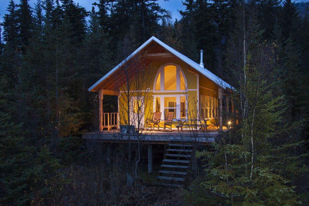 Where to stay near Kenai Fjords National Park - The Yakutat Cabin At Kenai Lake