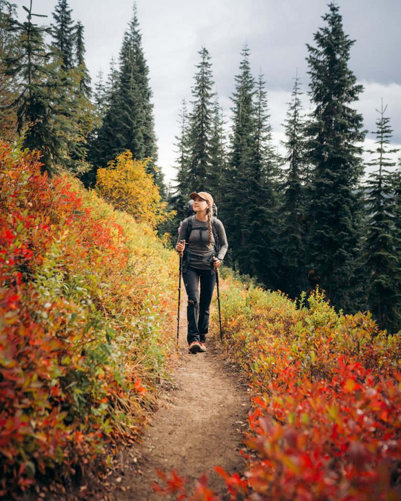 What to wear hiking as a woman - best hiking pants for women