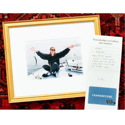 Best gifts for Travel Lovers 2020 - Framebridge gift card