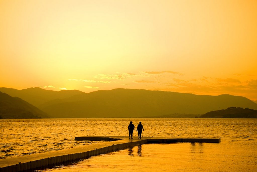 Best National Parks to Visit in Summer - North Cascades National Park Lake Chelan