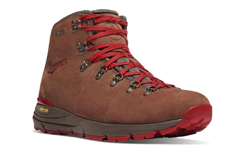 Danner Boots Review and Buying Guide - Danner Mountain 600 Boots - Best Danner Boots for Hiking