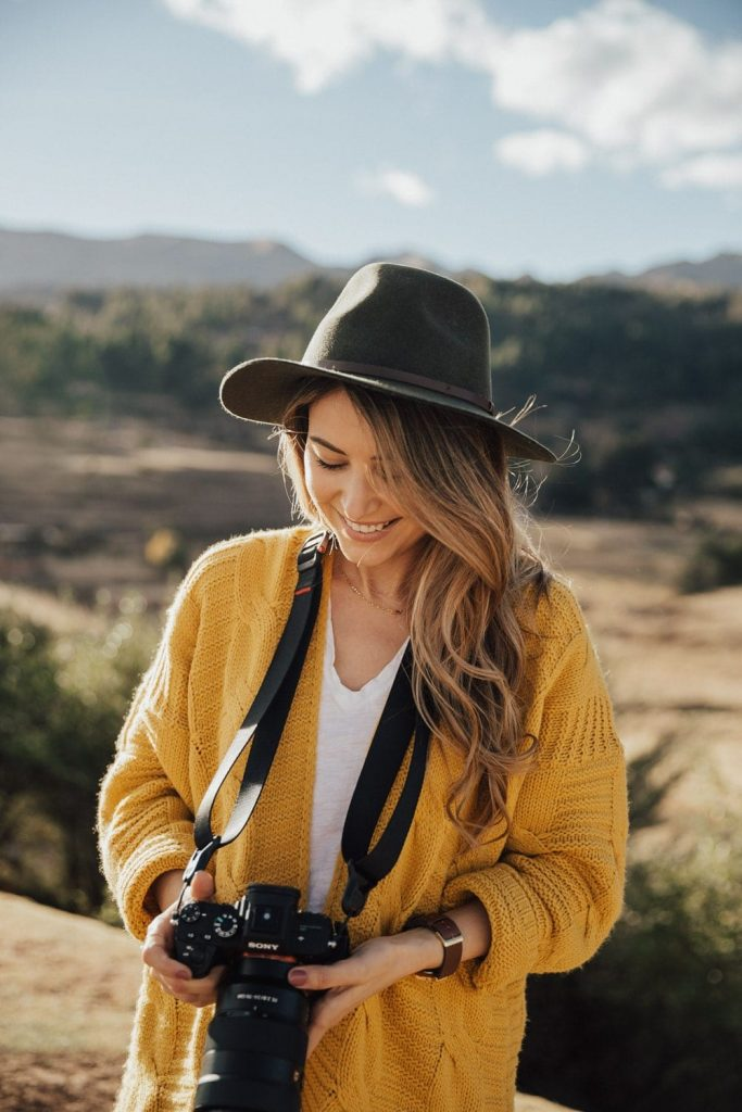 How To Take Better Travel Photos - How To Take Selfies