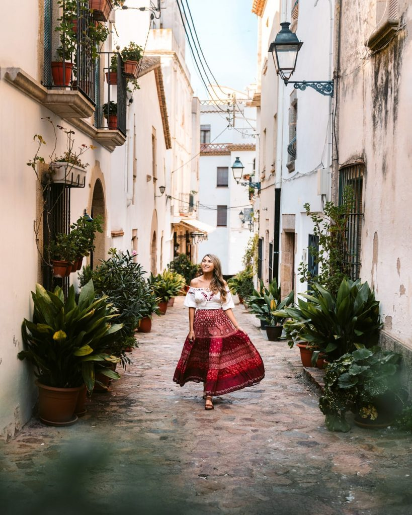 How To Take Better Travel Photos - Use of Color