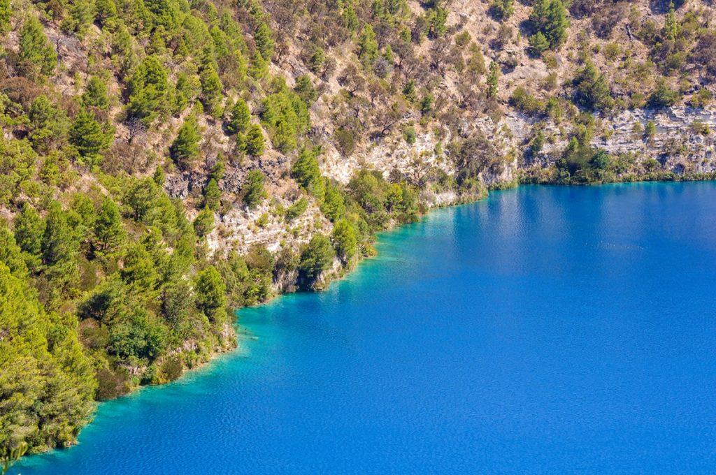 10 Incredible South Australia Road Trips - Mount Gambier Blue Lake