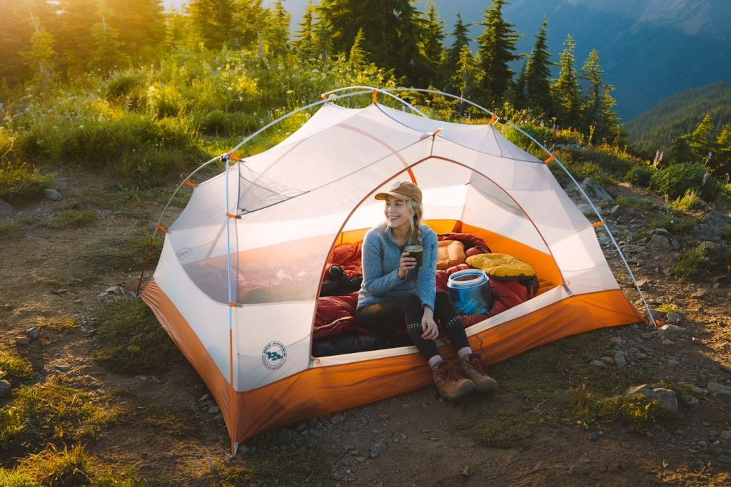 9 Backpacking Mistakes to Avoid - Must Know Beginner Backpacking Tips
