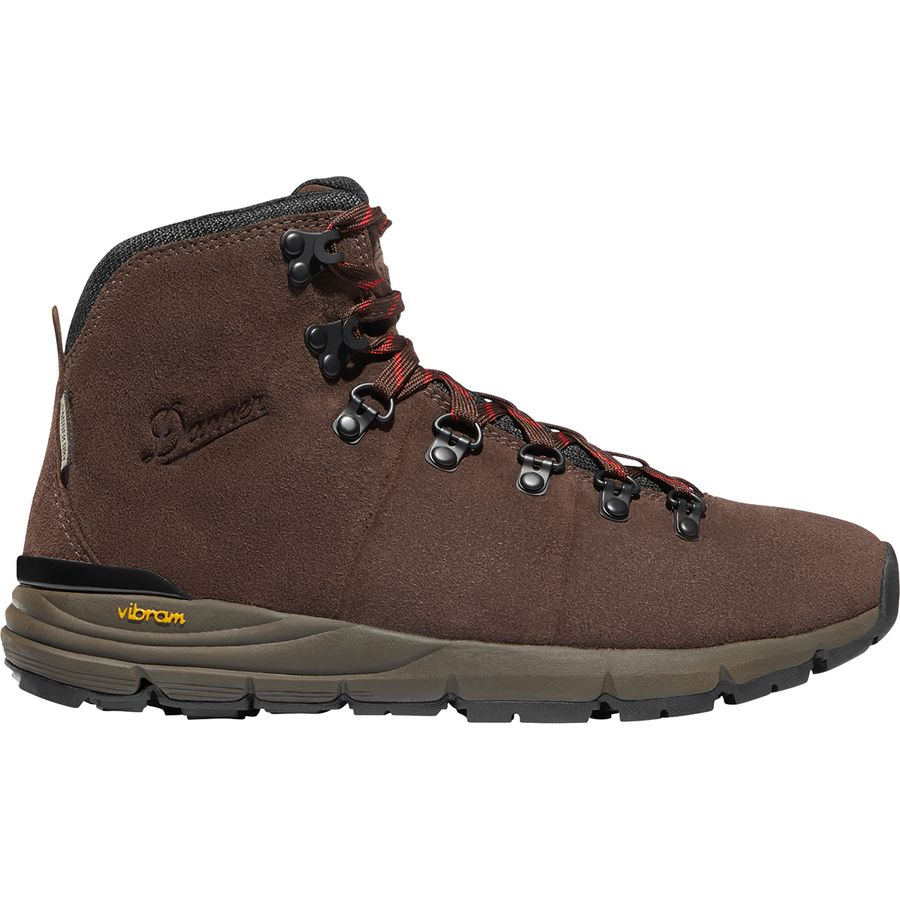 9 Backpacking Mistakes to Avoid - Must Know Beginner Backpacking Tips - Best Hiking Shoes Danner Mountain 600