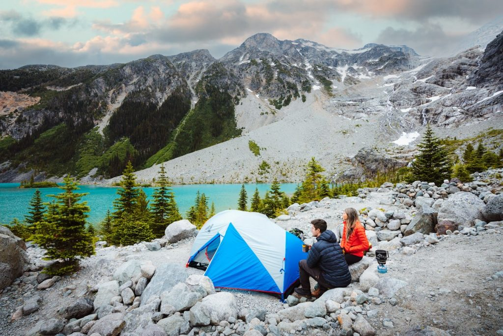 9 Backpacking Mistakes to Avoid - Must Know Beginner Backpacking Tips - Leaving a Trace