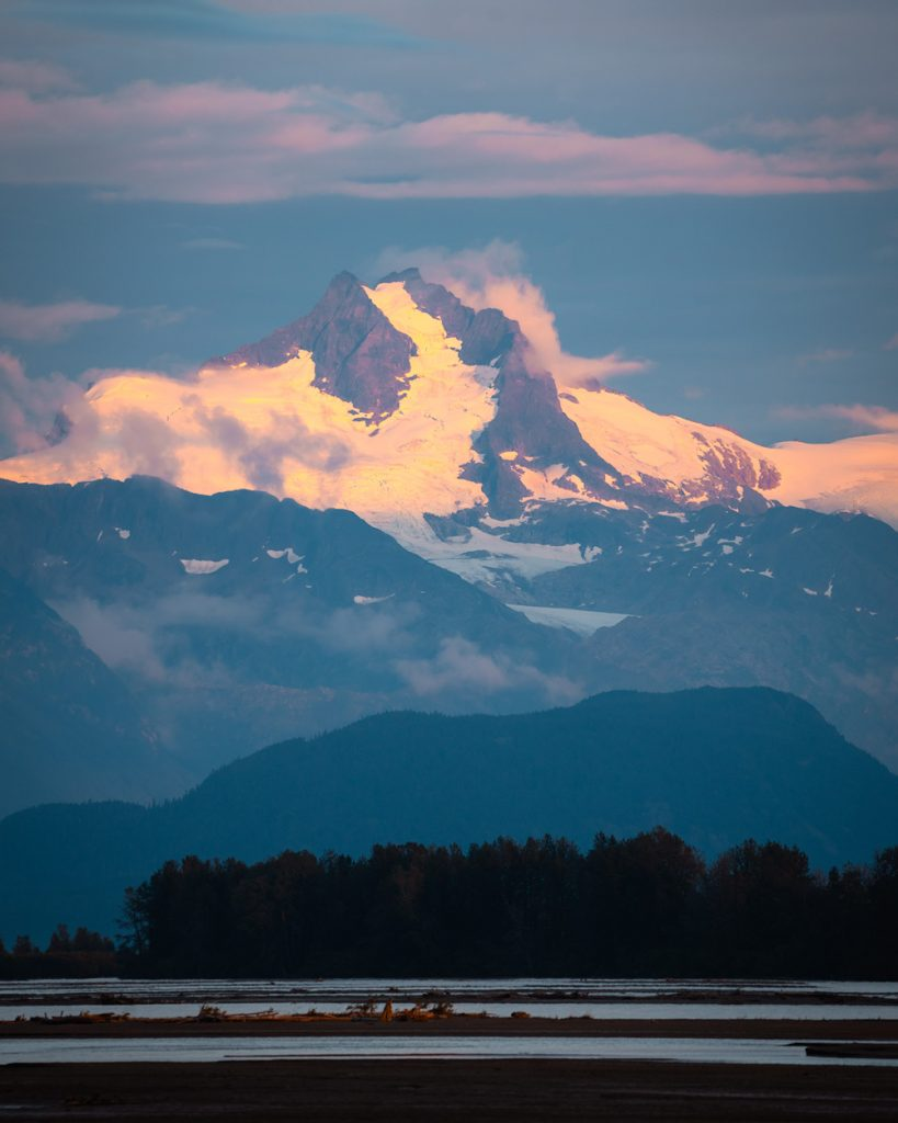 Epic 6 Day Southeast Alaska Itinerary - Chilkat Inlet Mountains